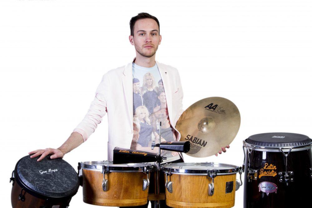 Percussionist Joaquín | Artiest huren bij Swinging.nl