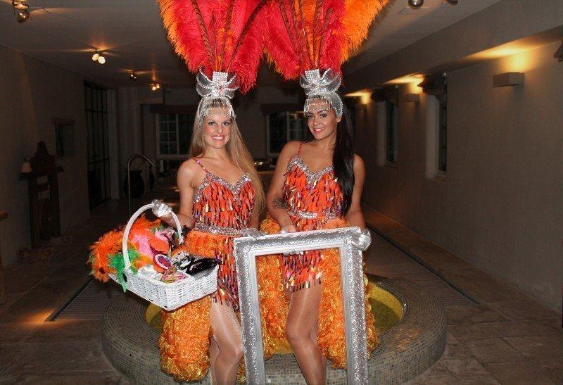 Hostesses | Artiest huren bij Swinging.nl