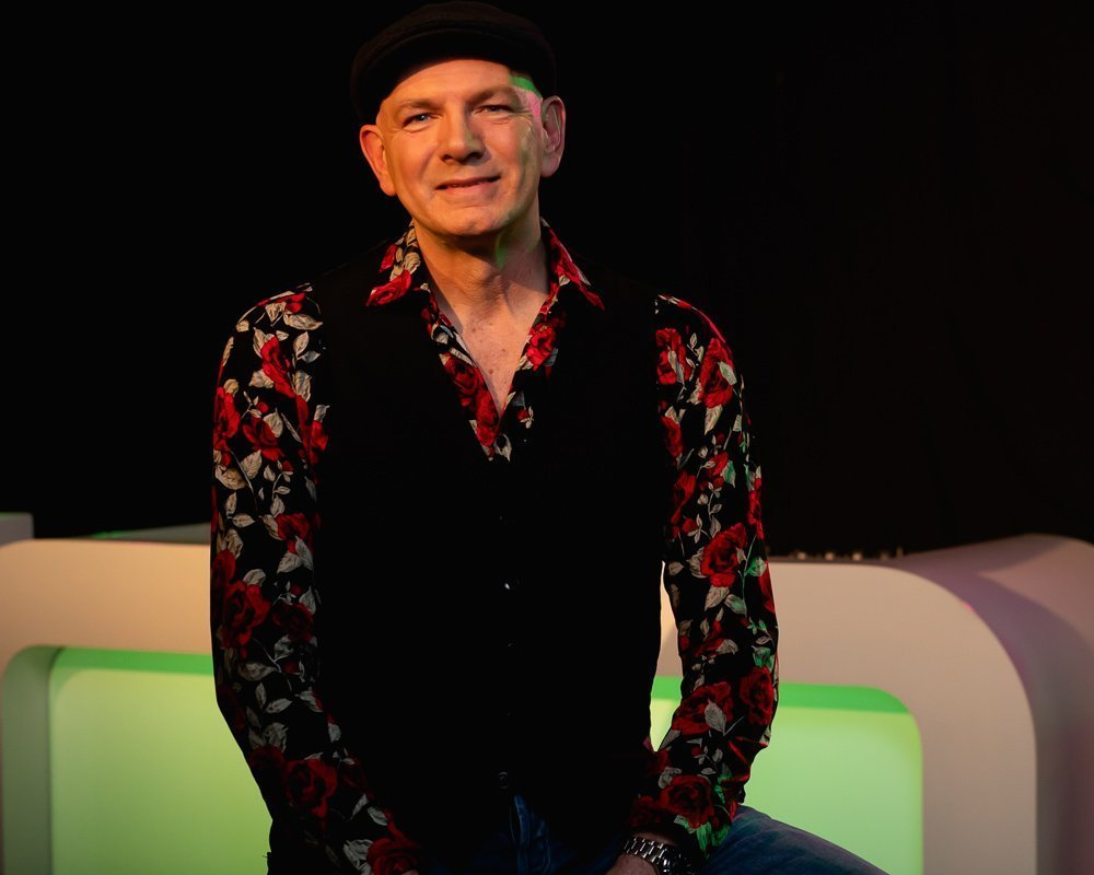 DJ Johan | Artiest huren bij Swinging.nl