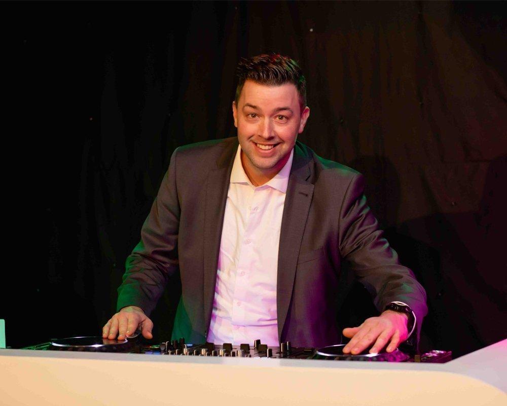 DJ Andre | Artiest huren bij Swinging.nl