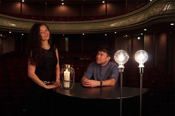 Candle Light | Artiest huren bij Swinging.nl