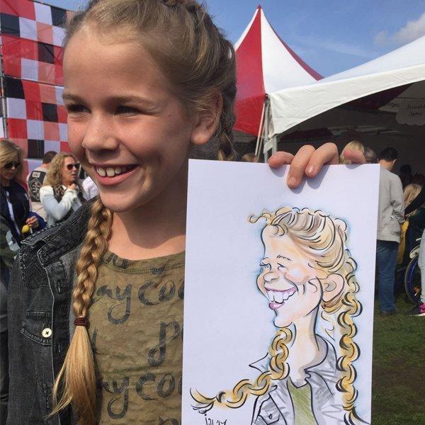 Live Karikaturen | Artiest huren bij Swinging.nl
