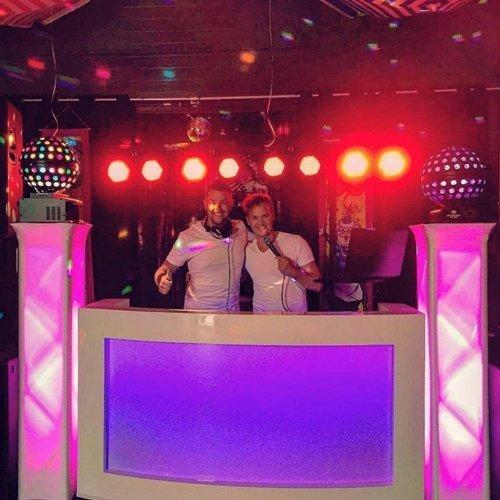 DJ & Zanger | Artiest huren bij Swinging.nl