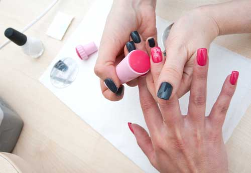 Beautystreet - Nagels, Makeover of Hairstyling boeken | Swinging.nl