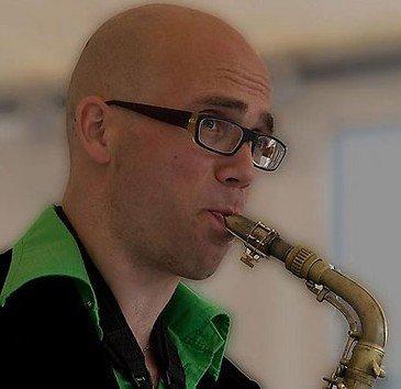 Saxofonist Pieter | Artiest huren bij Swinging.nl