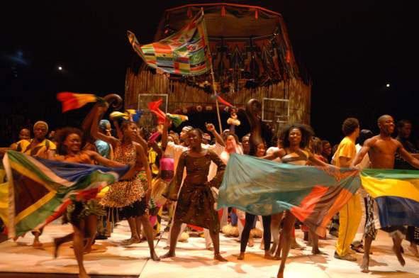 Afrikaans themafeest   Artiest huren bij Swinging.nl