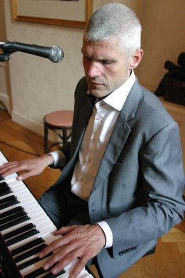 Bert Louissen | Artiest huren bij Swinging.nl