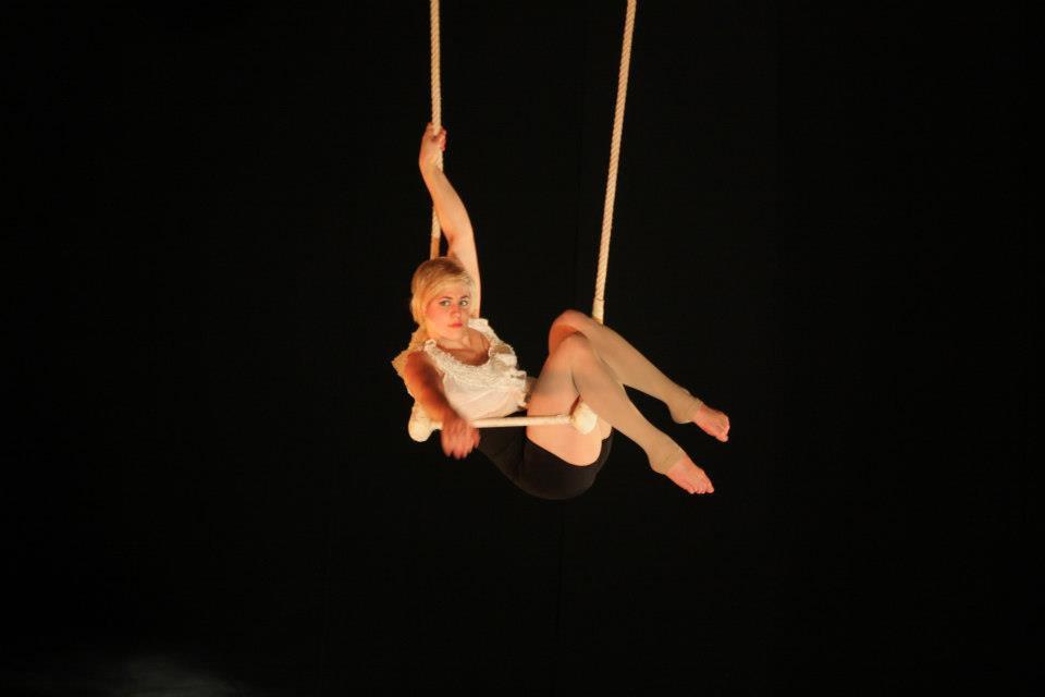 Trapeze act | Artiest huren bij Swinging.nl