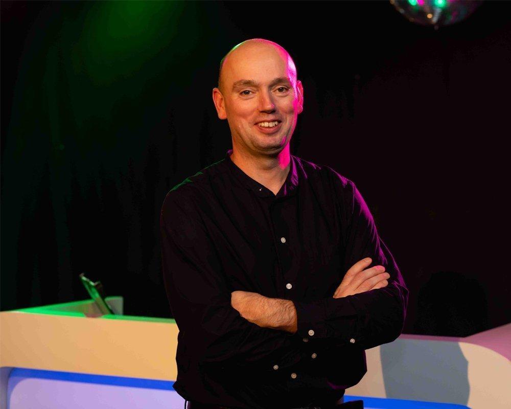 DJ Peter | Artiest huren bij Swinging.nl