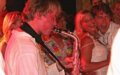 Saxofonist Local Hero | Swinging.nl