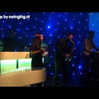 Swinging DJ show met sax, MC en percussie - Swinging.nl showcase 21 januari 2015