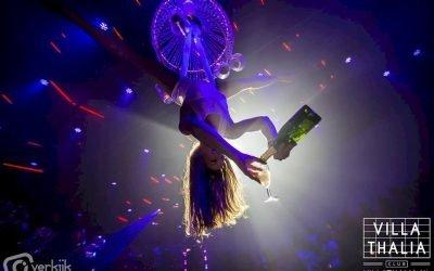 champagne uit de lucht acrobate