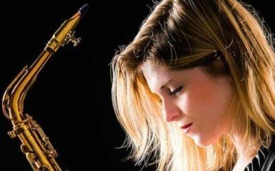 Saxofonist boeken | Caro Saxo | Swinging.nl
