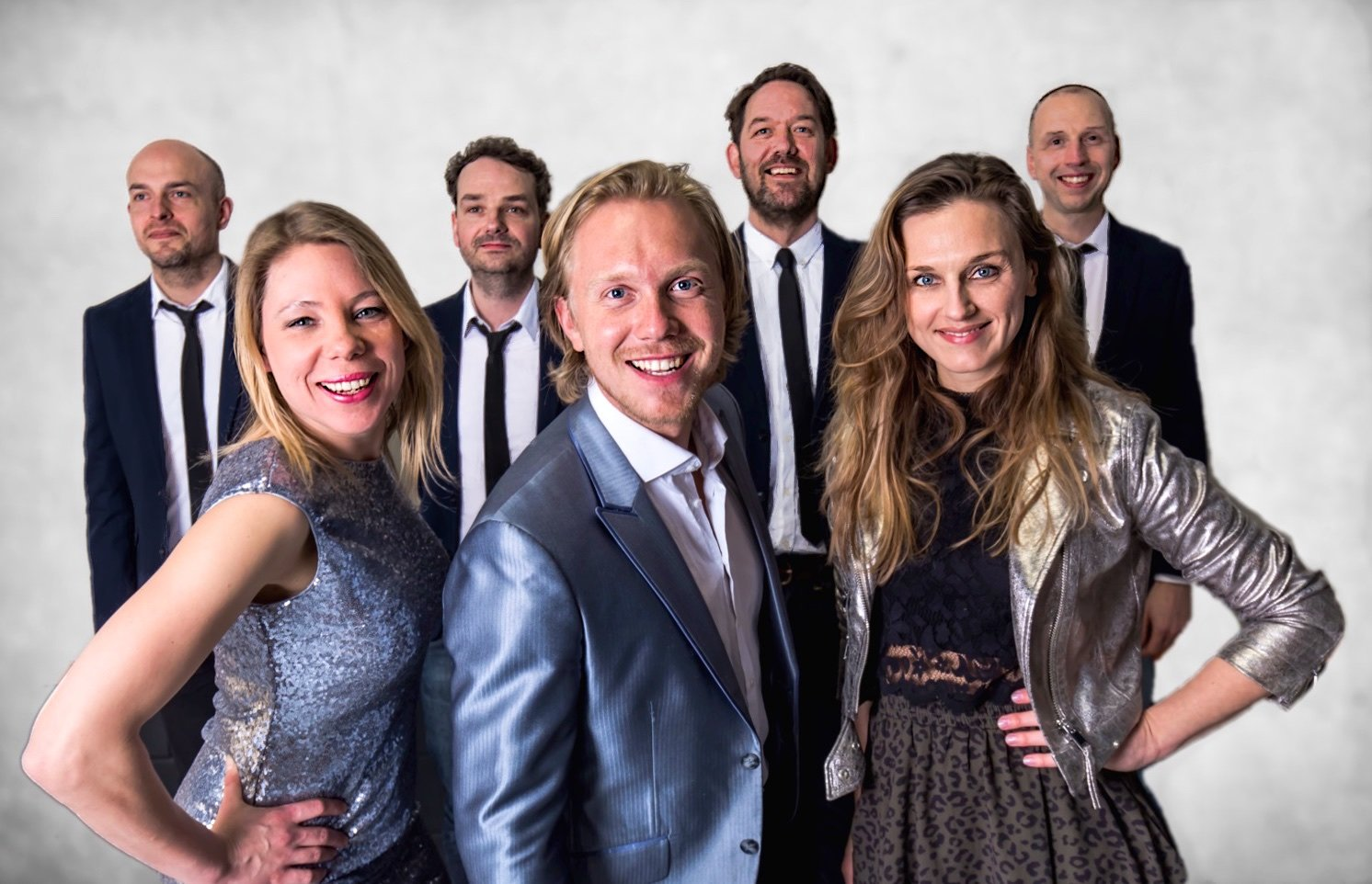 Band boeken de Helden | Swinging.nl