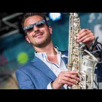 Saxofonist Boris Lounge boeken | Swinging.nl