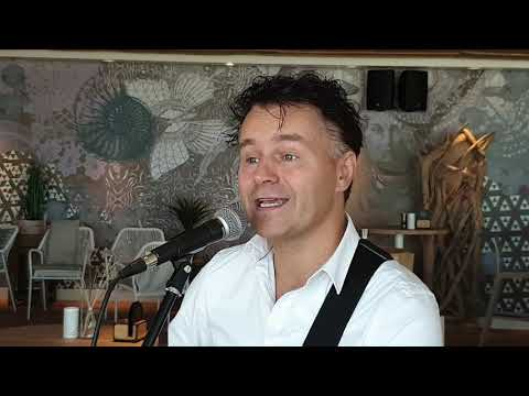 Zanger Kelly compilatie | Swinging.nl