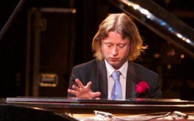 Pianist Thomas Alexander boeken   Swinging.nl