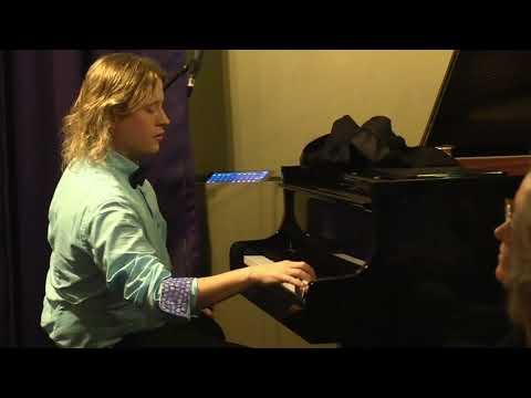 Thomas Alexander Pianist inhuren   Swinging.nl